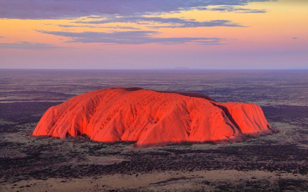 Uluru : The 3 Qs